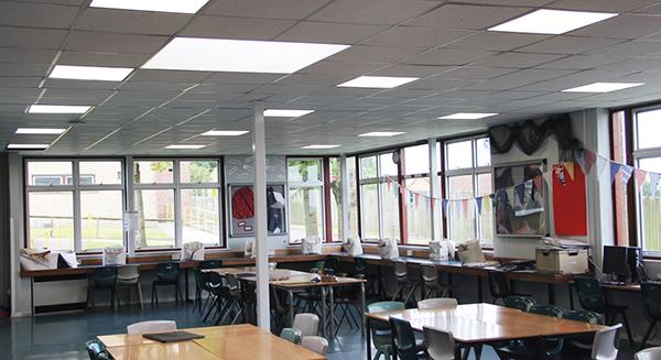 Tại sao nên sử dụng đèn led Panel cho phòng học.